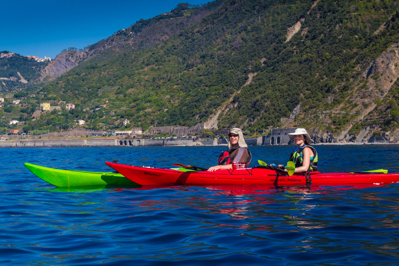 /uploaded-files/italy/Riviera-Cinque-Terre/italy-riviera-kayaking-tour-kayaker-couple-T4.jpg